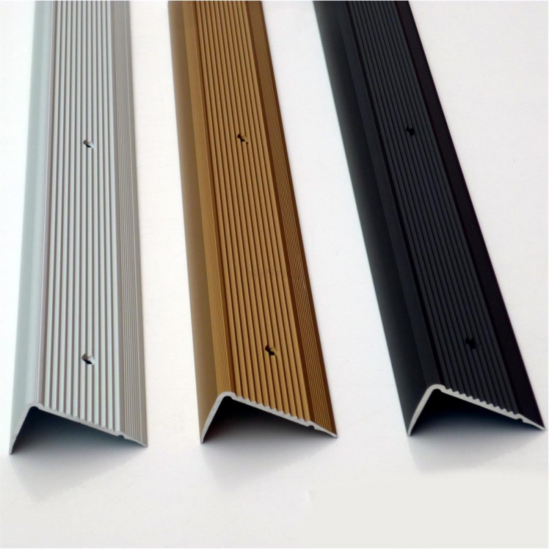 profil laminat teppich treppenkanten 100x4 5x2 3cm alu geriffelt. Black Bedroom Furniture Sets. Home Design Ideas
